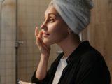 Retinol i działanie anti-aging – wyjaśniamy jak to działa